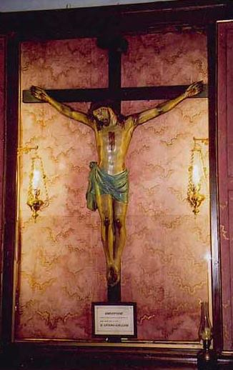 crucifix2